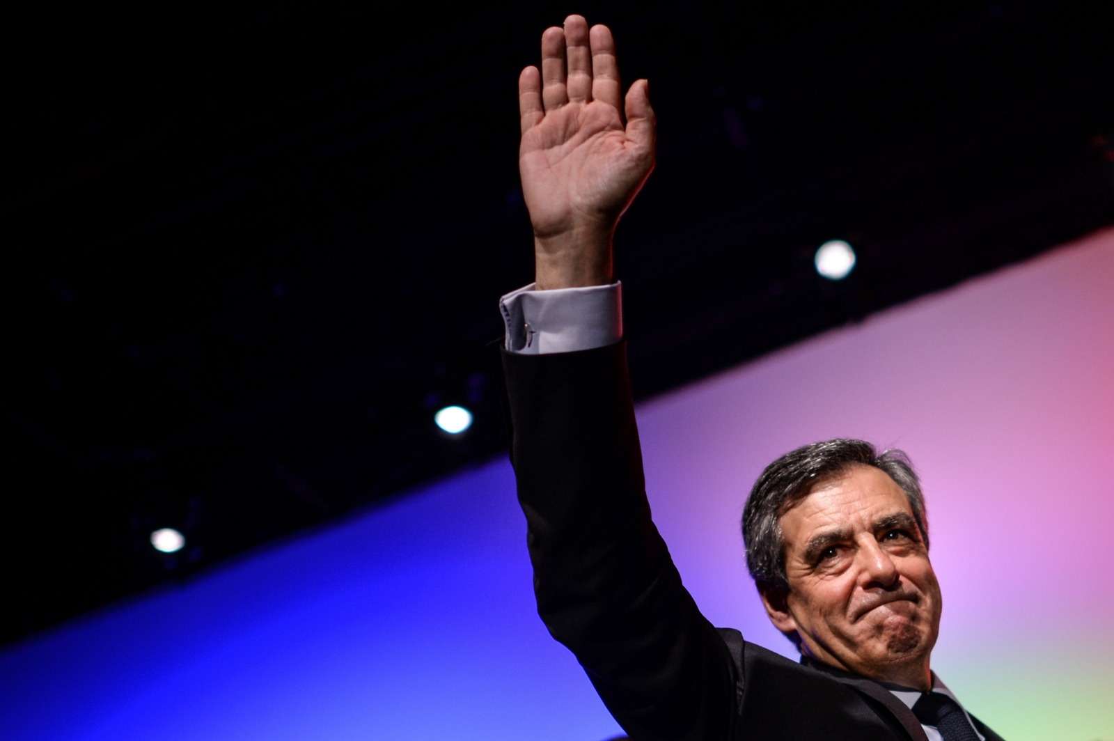 Francois Fillon waves to supporters