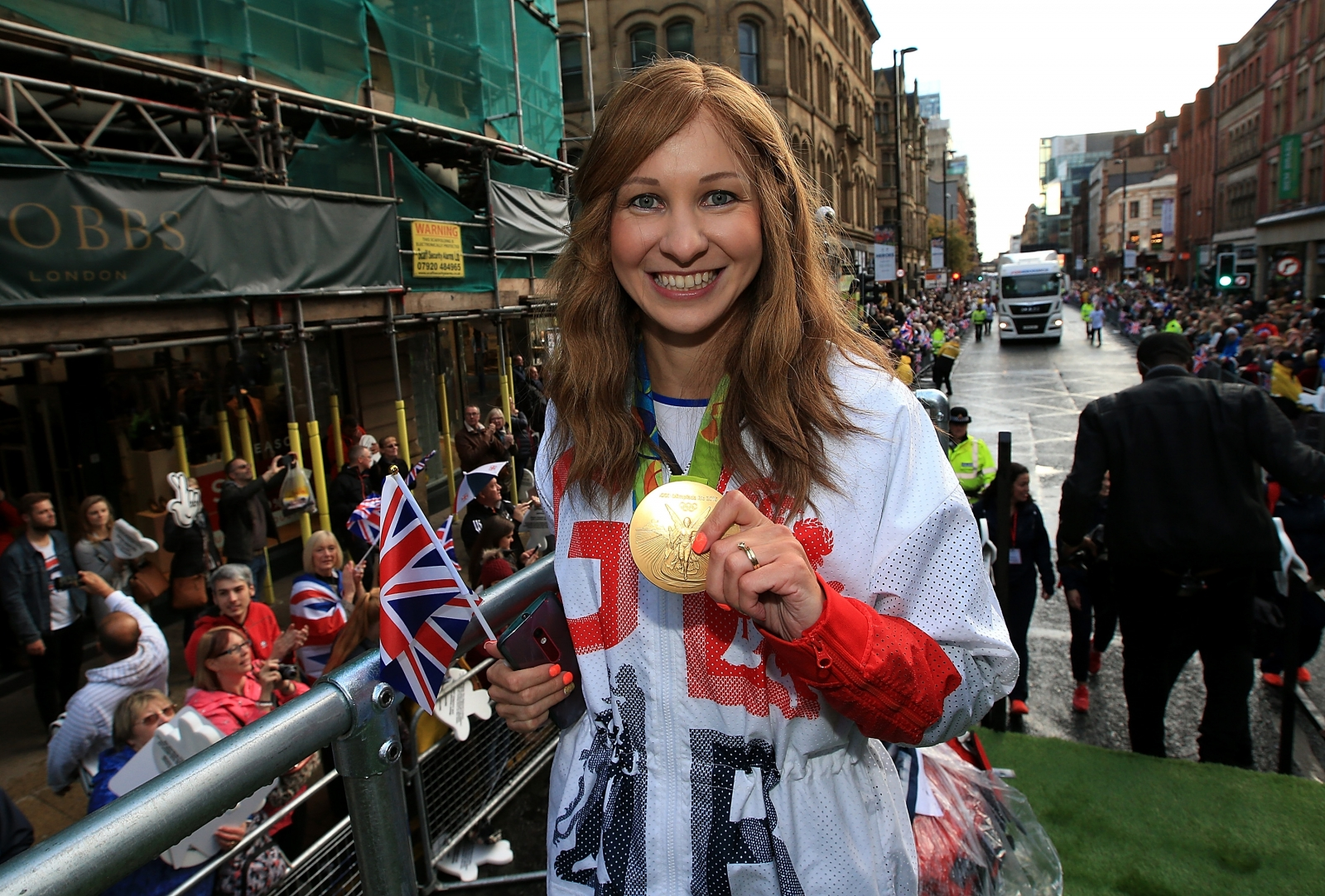 Double Olympic champion Joanna Rowsell Shand announces retirement