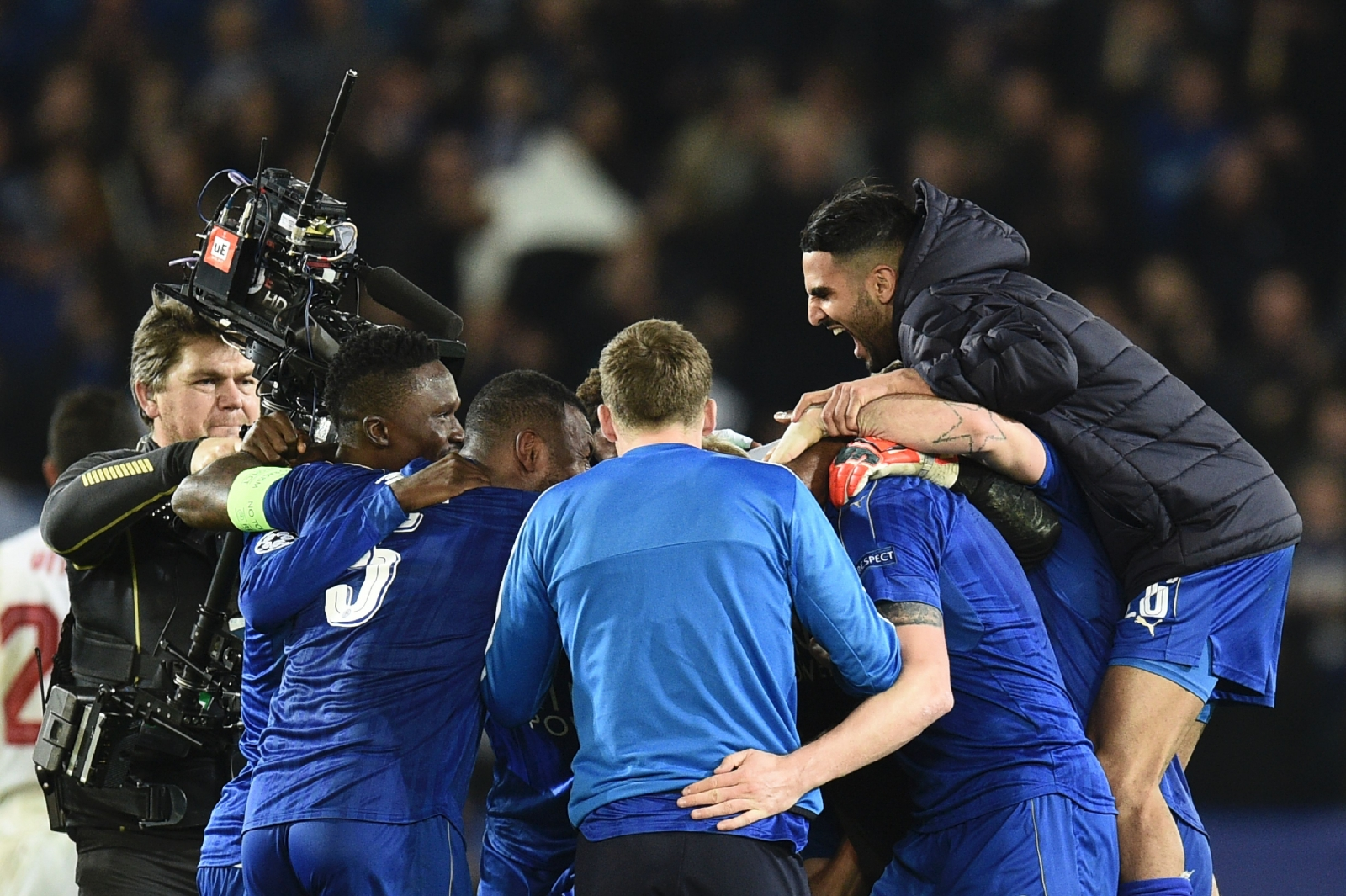 Craig Shakespeare Leicester City boss backs Euro stars to stay up