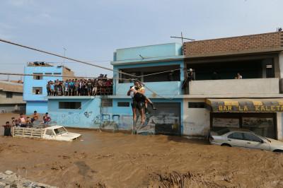 Peru landslides floods inundacin imagenes