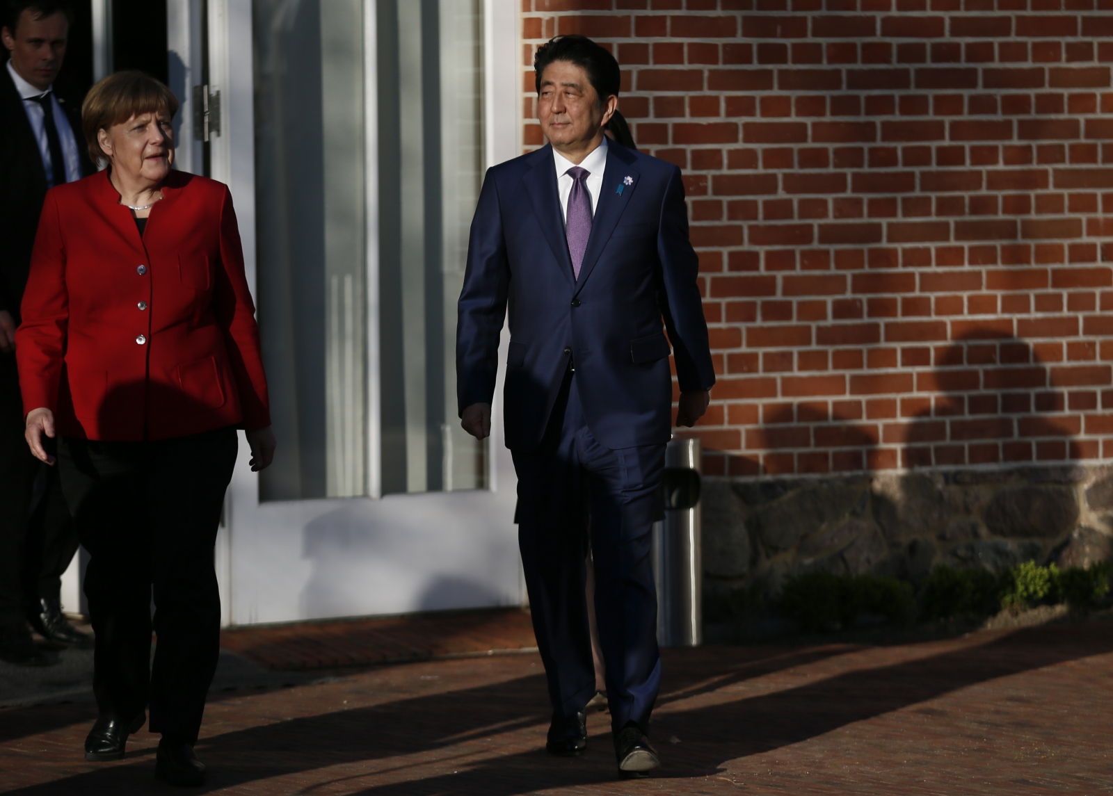 Asian stock markets trade mixed following G20 leaders failing to pledge to avoid trade protectionism