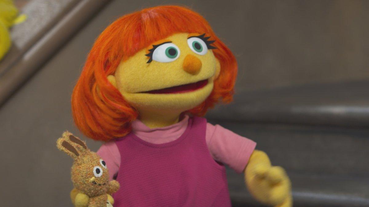 Meet Julia Sesame Street S First Autistic Muppet Hoping