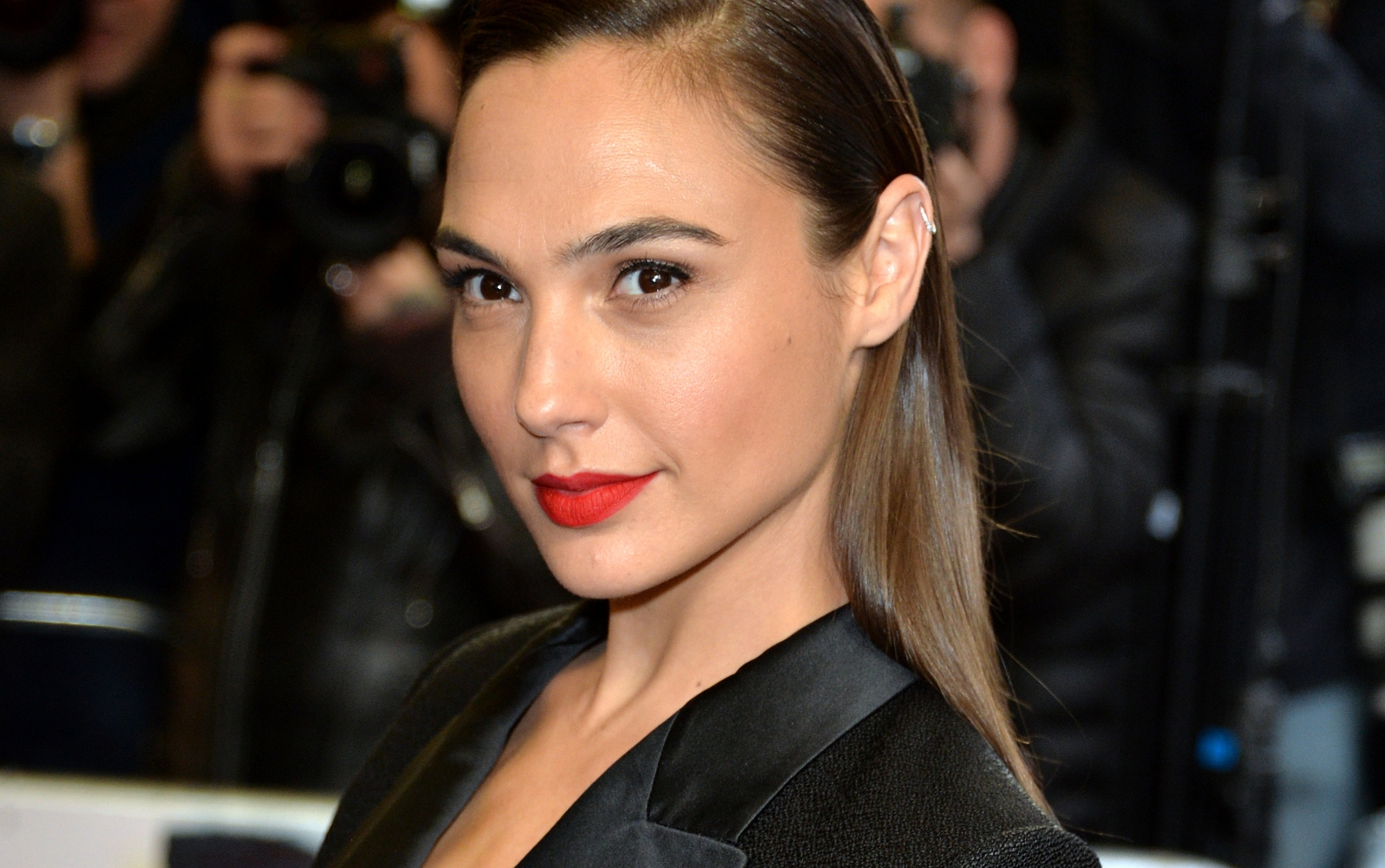 Wonder Woman Star Gal Gadot Welcomes Second Daughter-6358