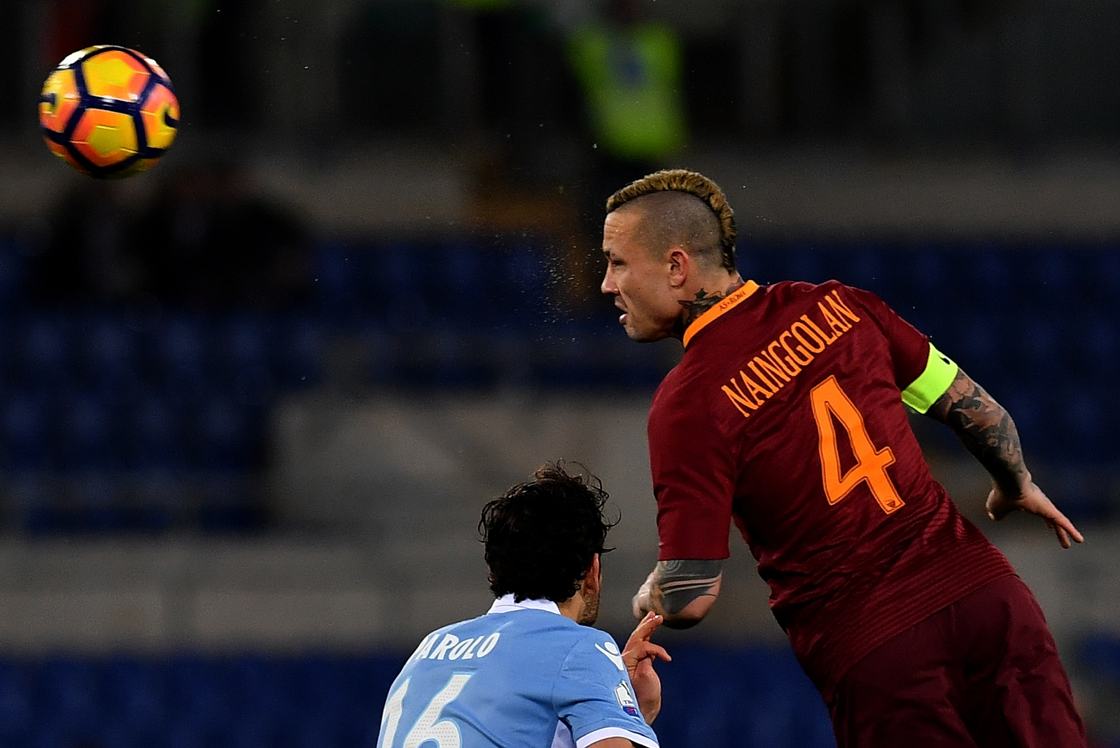Radja Nainggolan ends speculation over future by penning new Roma deal