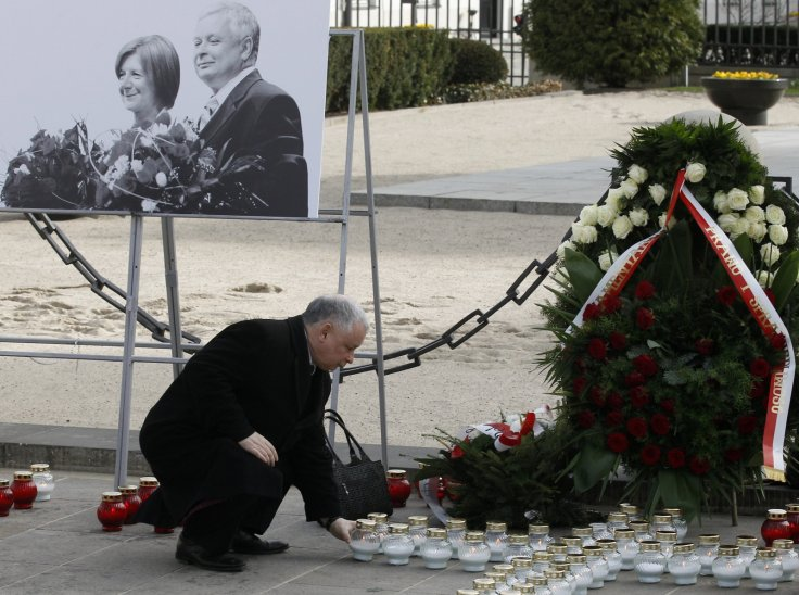 Jaroslaw Kaczynski mourns brother's death