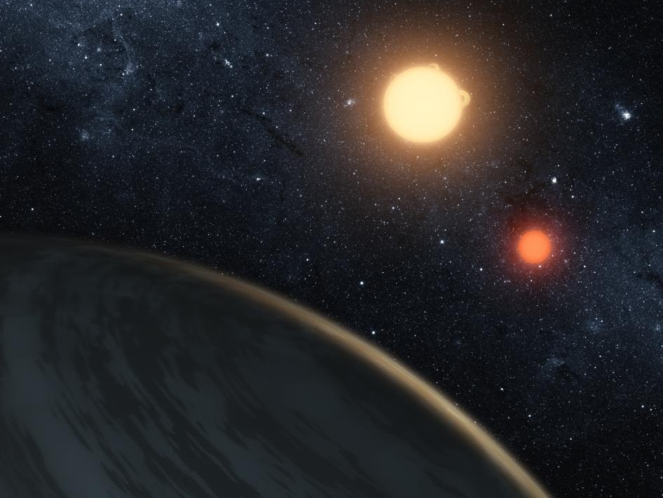 Planet Orbiting Two Suns Indicates Possibility of Alien Life in the Milky Way