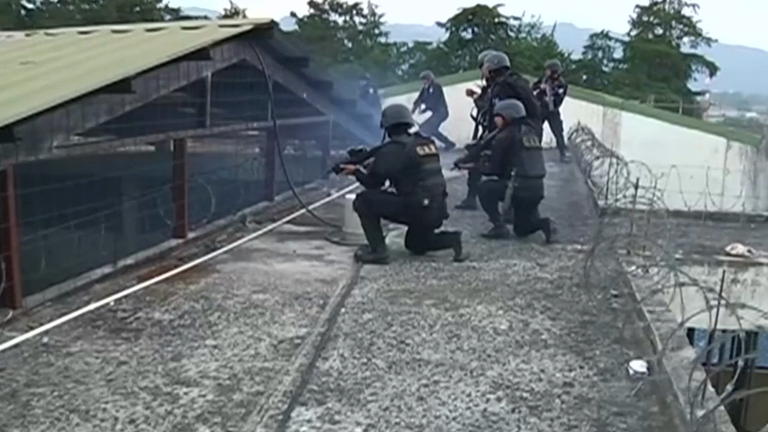 Three policemen killed by 18th Street Gang members over Guatemala juvenile prison riot