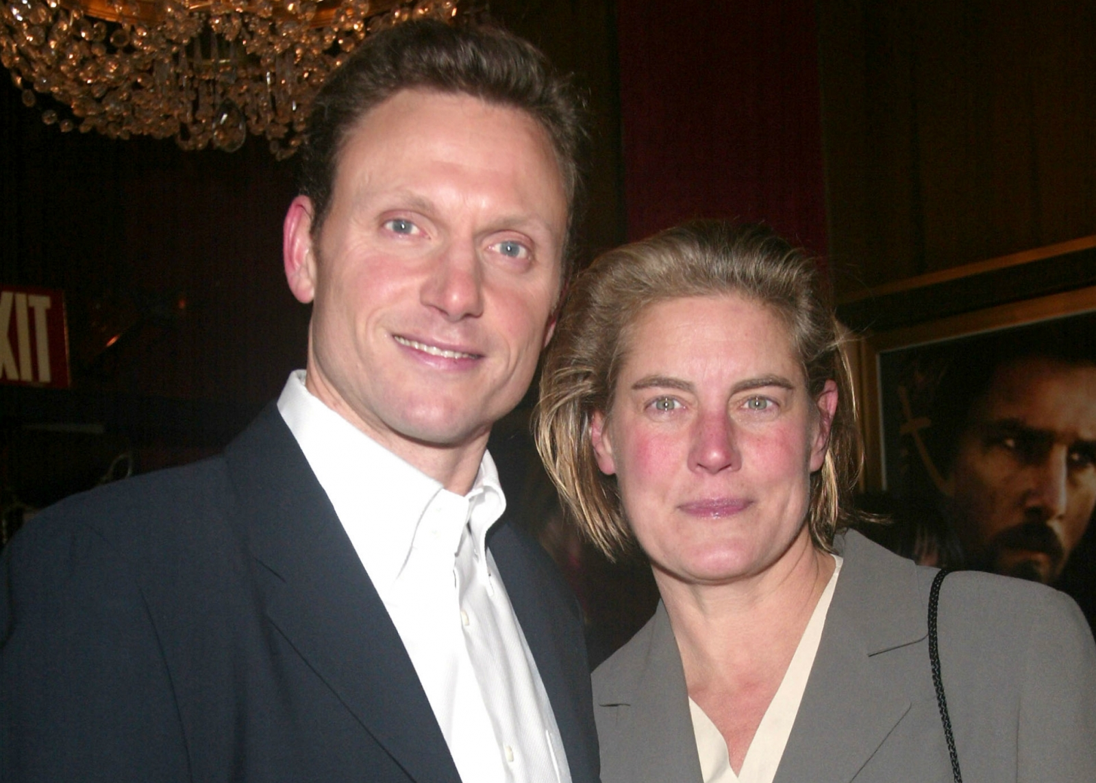 Tony Goldwyn wife