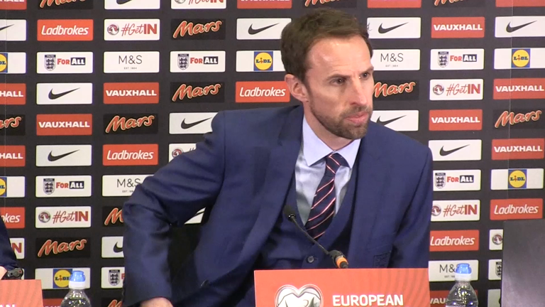 Gareth Southgate praises positive impact of Defoe's England comeback