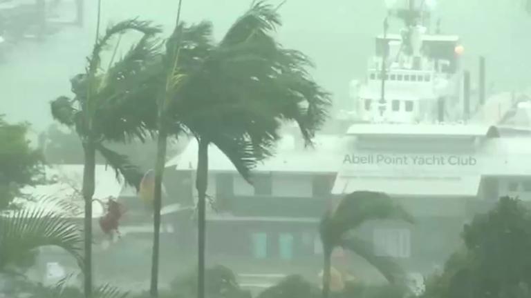 cyclone-debbie-batters-coastal-areas-in-australia