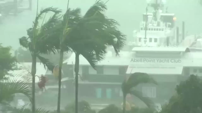 cyclone-debbie-batters-coastal-areas-in-australia