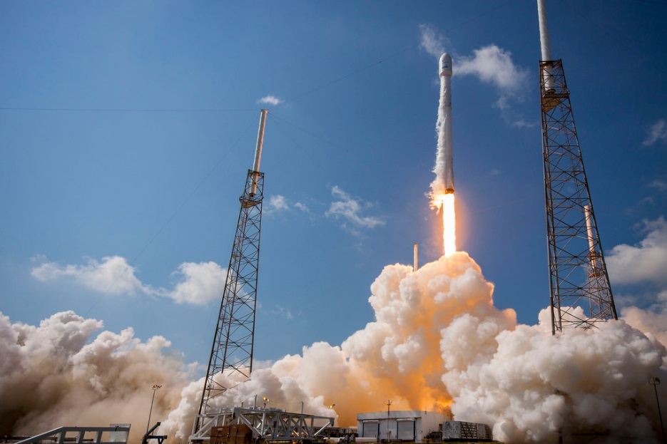 SpaceX conducts first re-launch of Falcon 9 rocket