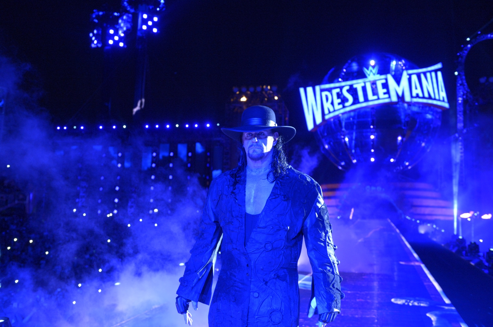 Wrestlemania 33 Undertaker Retirement Match Video And