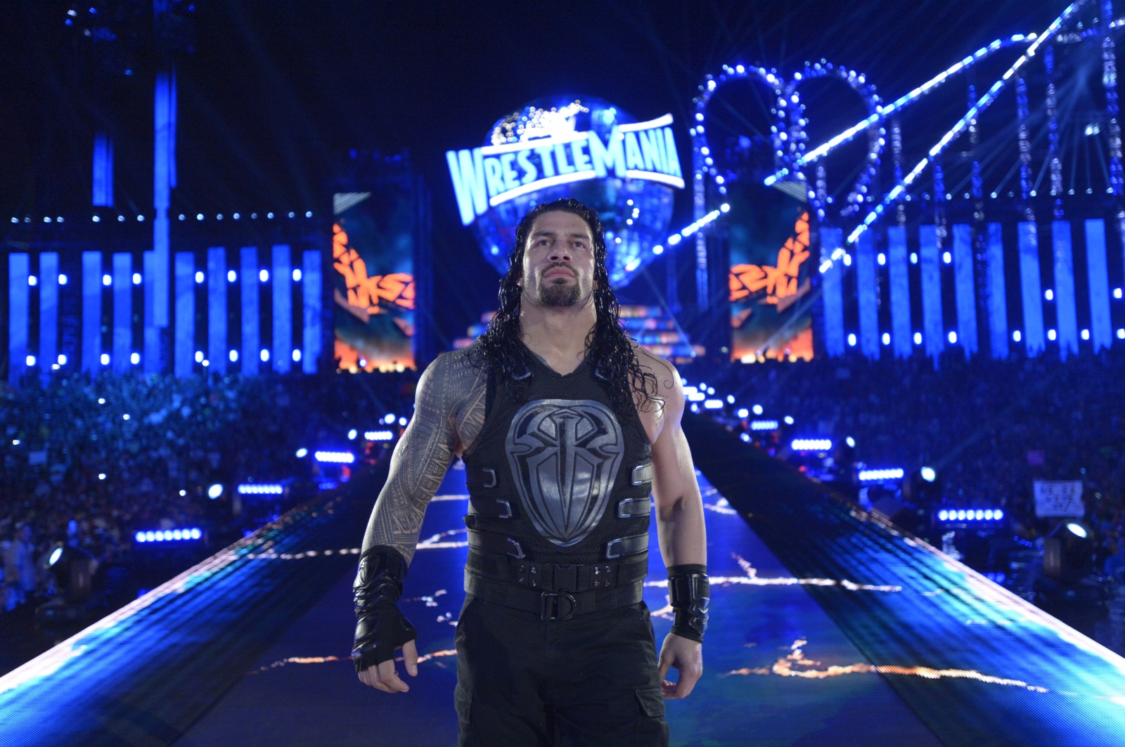 roman reigns shoots on upset wwe fans over his big push
