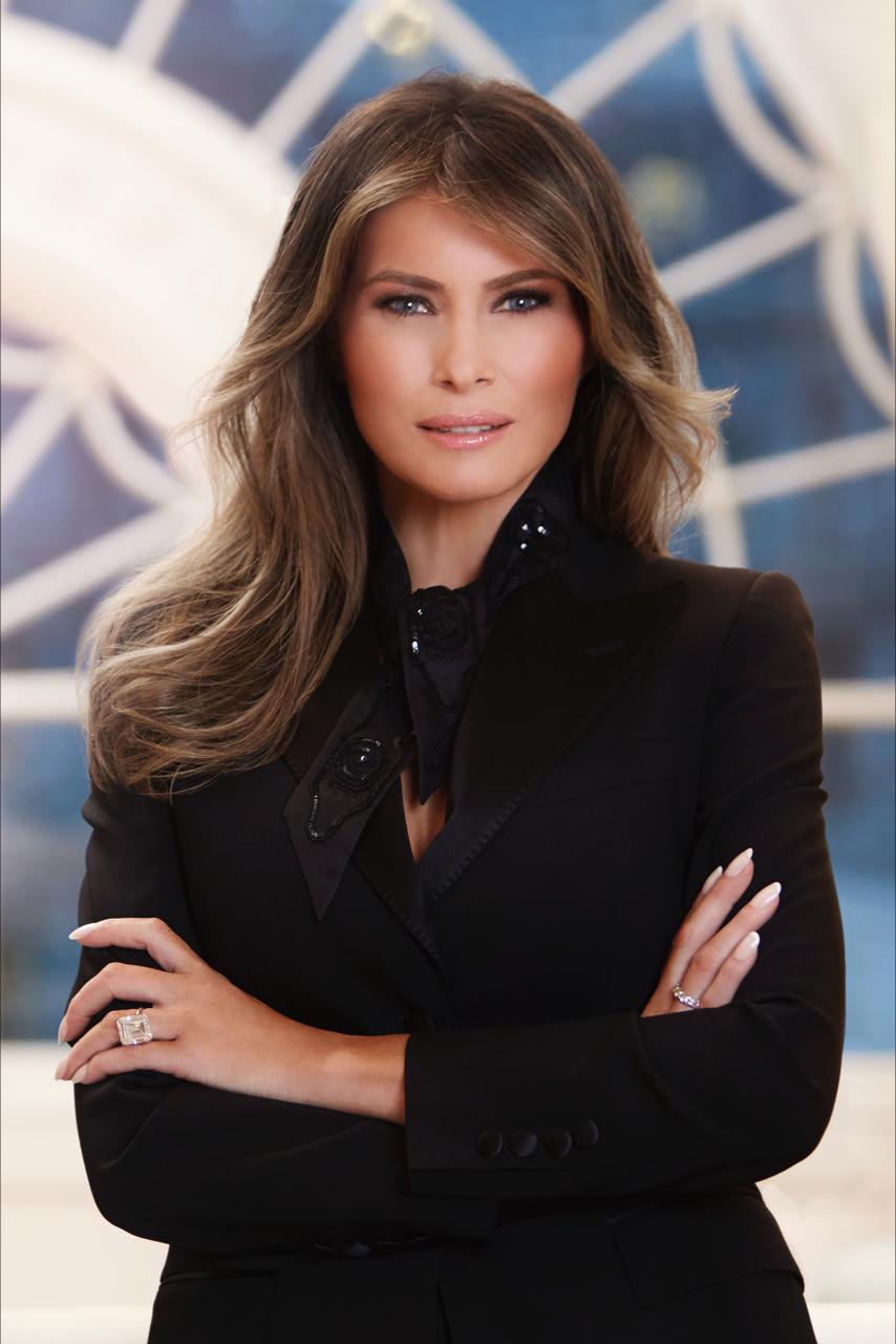 Melania Trump official potrait