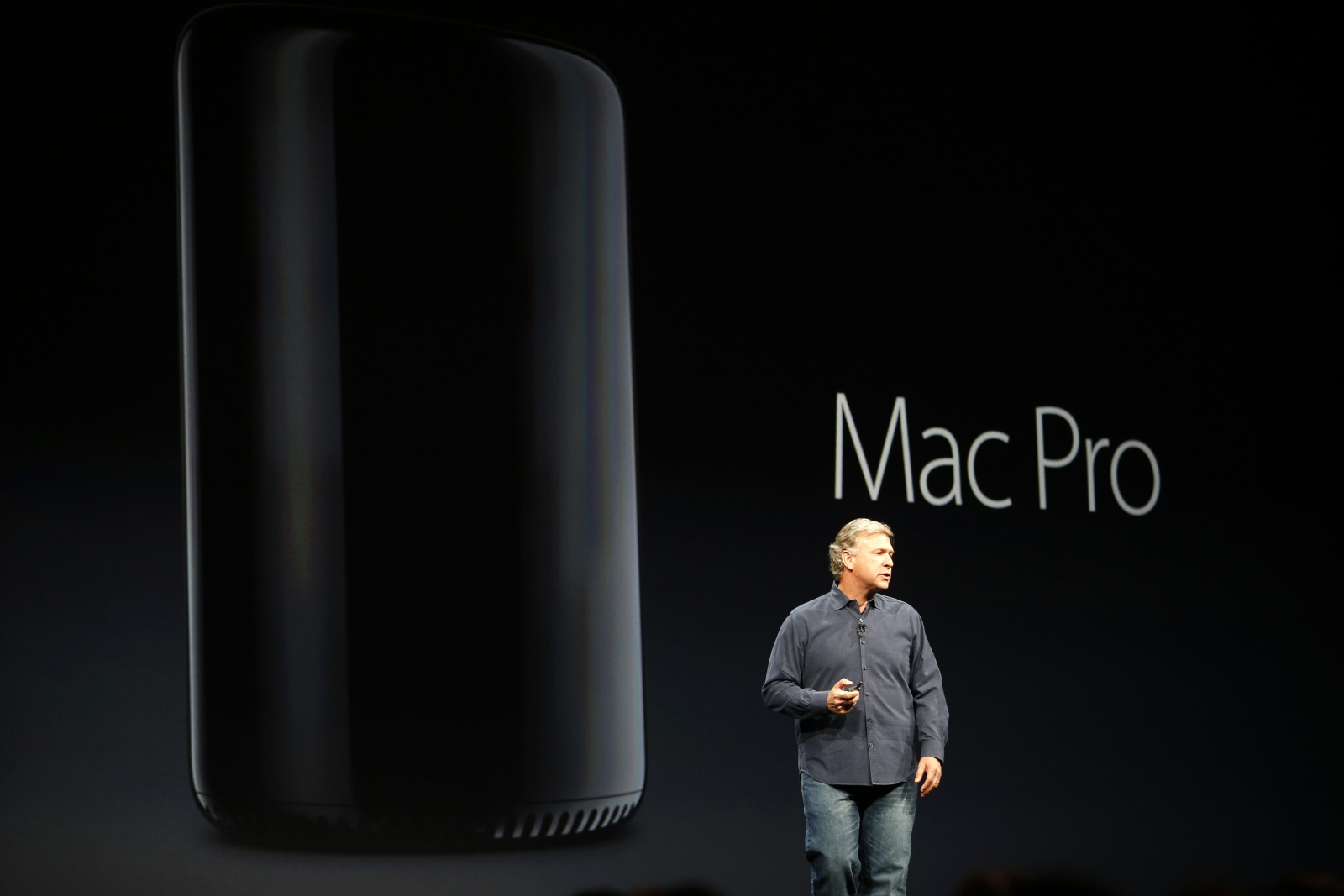 Phil Schiller introduces the Mac Pro