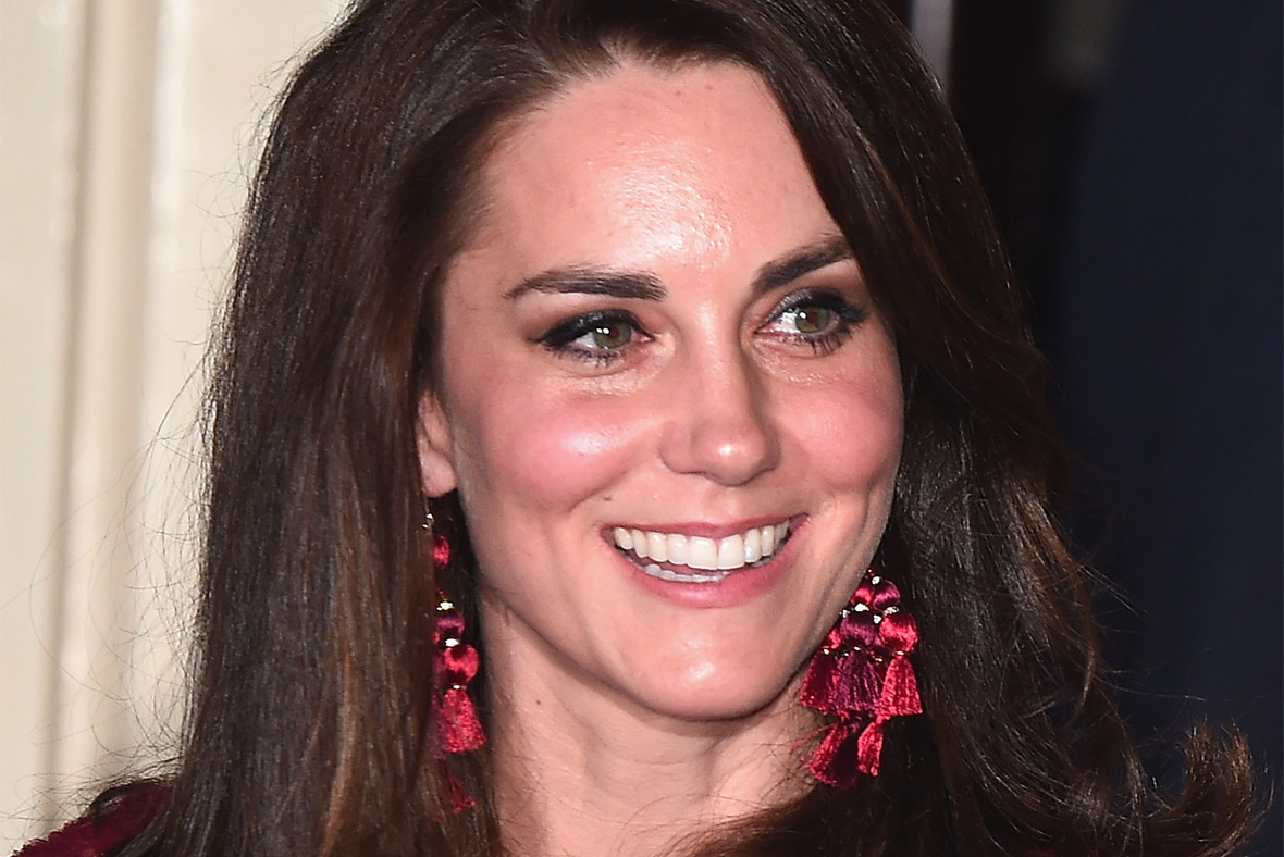 Paint The Town Red Kate Middleton Enjoys Night Off From
