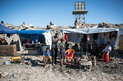 Mosul Hamam al-Alil refugee camp Carl Court