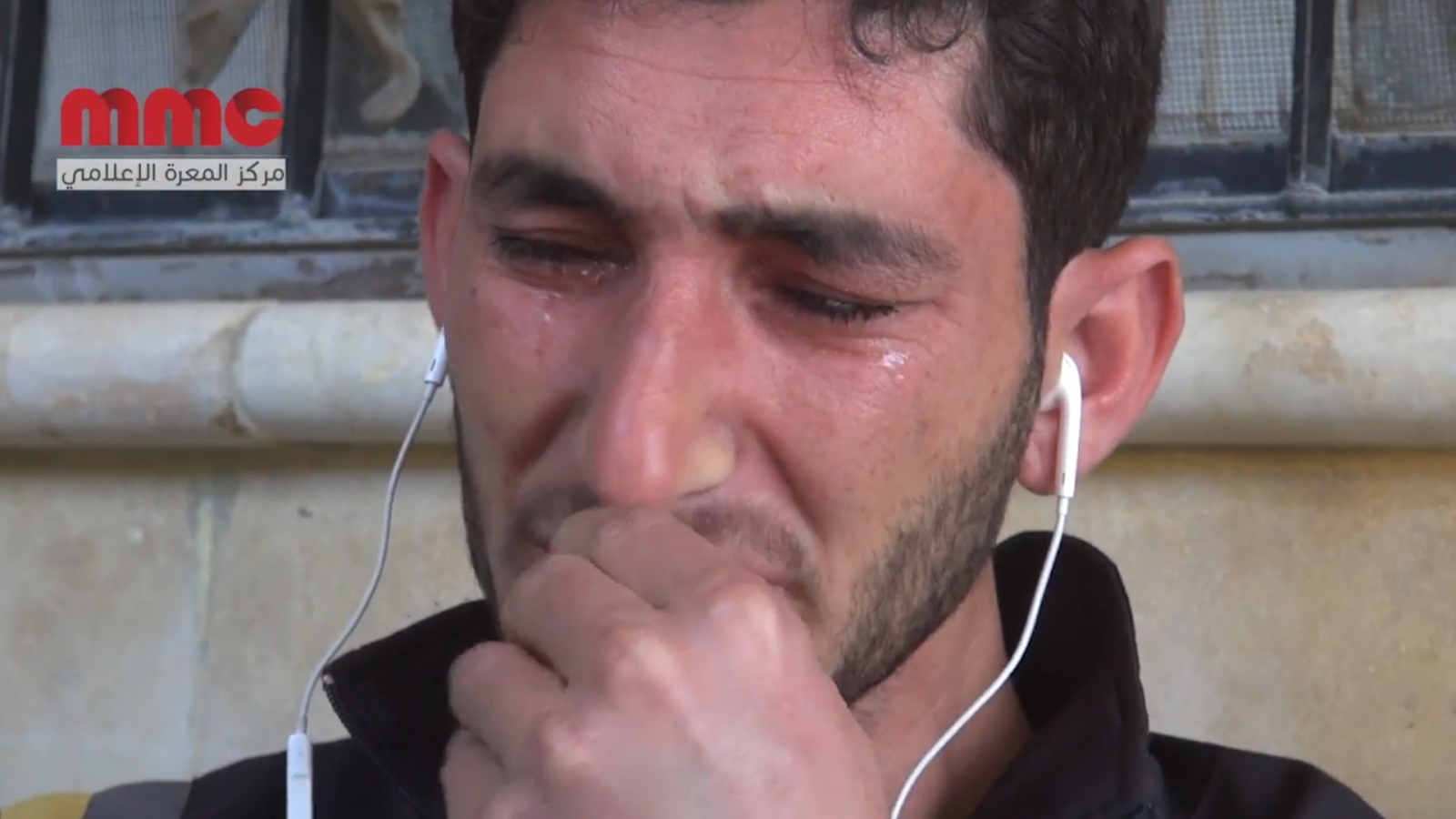 Distraught father cries for entire family killed inSyria gas attack