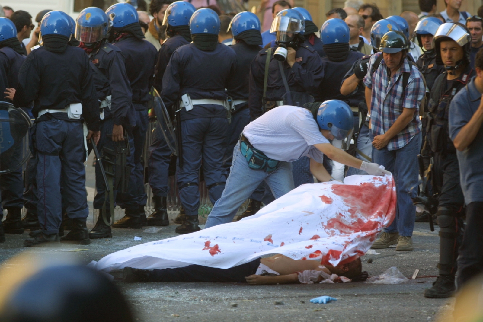 Italy admits to police brutality at Genoa G8 Summit and