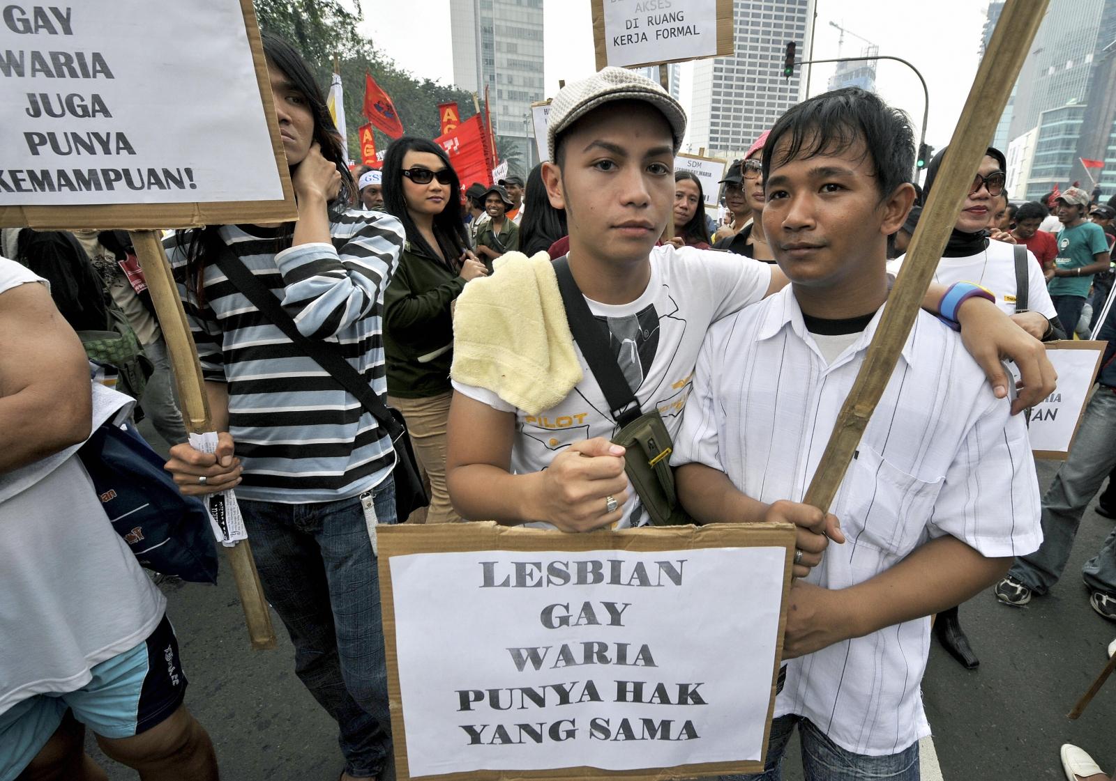 Indonesia homosexual room sex jakarta