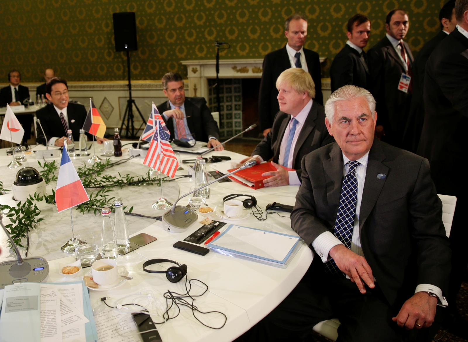 Rex Tillerson and other G7 foreign ministers