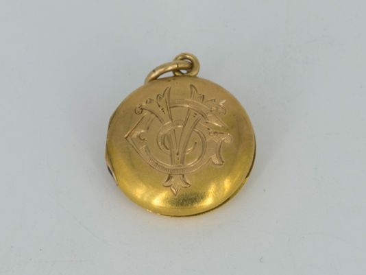 Titanic locket