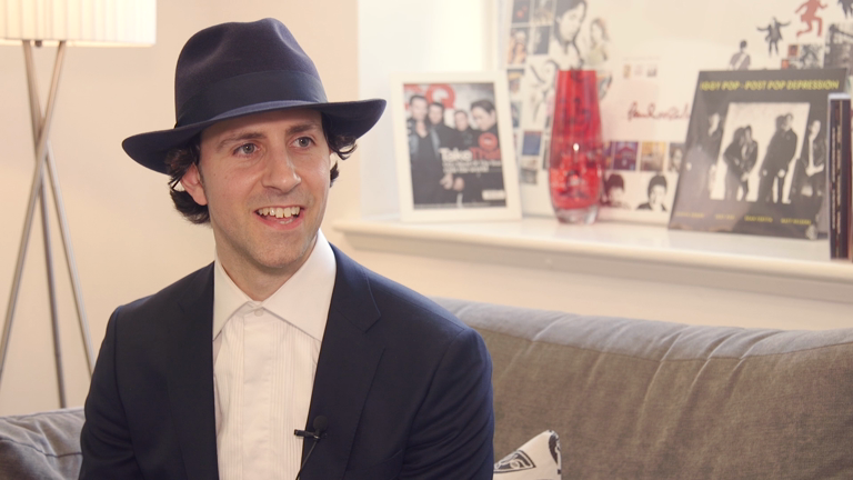 hold-for-alicia-maximo-park-paul-smith-interview
