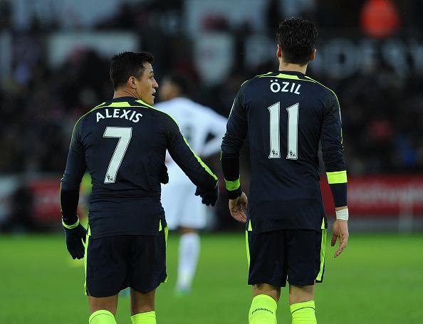 Wenger sets tough target to rescue Arsenal season