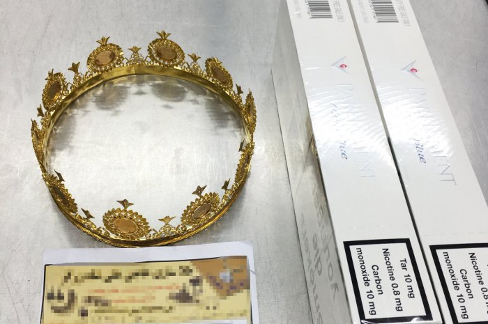 Dusseldorf crown smuggling