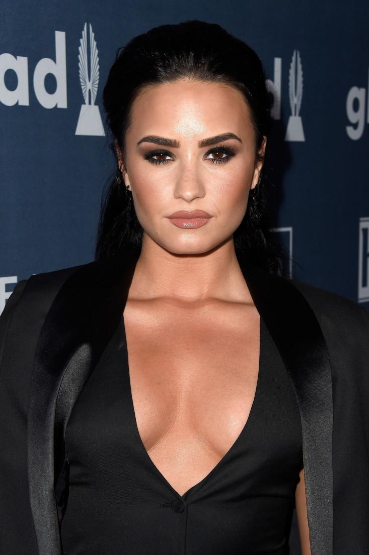 e3de16484ad34 Demi Lovato sparks boob job rumours as pop star shares revealing ...