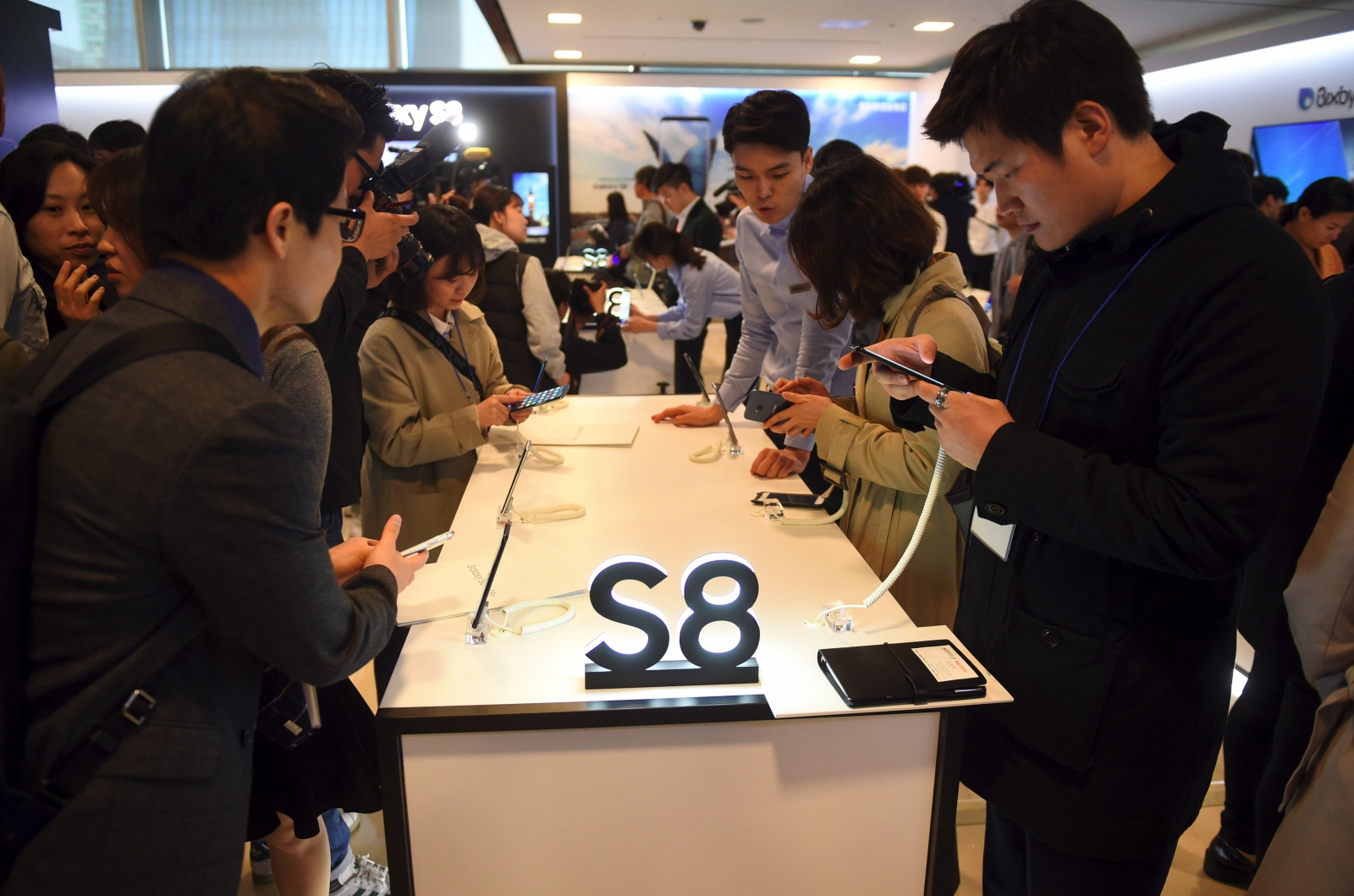 Galaxy S8, S8+ heavy demand in SouthKorea