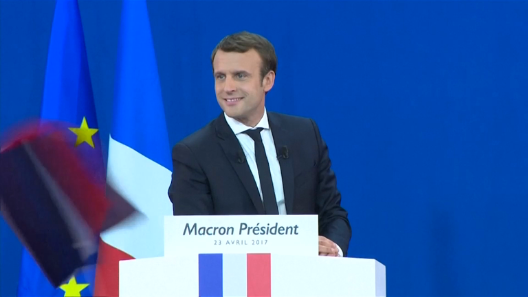 macron-thanks-opponents-who-are-calling-to-vote-for-him-in-the-second-run