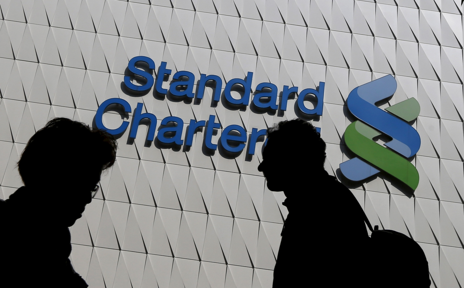 Standard Chartered's Q1 profit doubles to $1 billion as bad loans fall