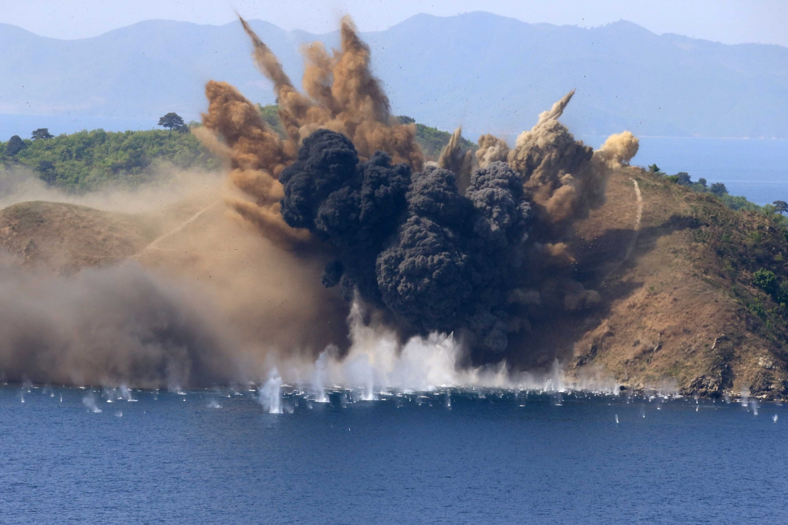 North Korea live fire exercise