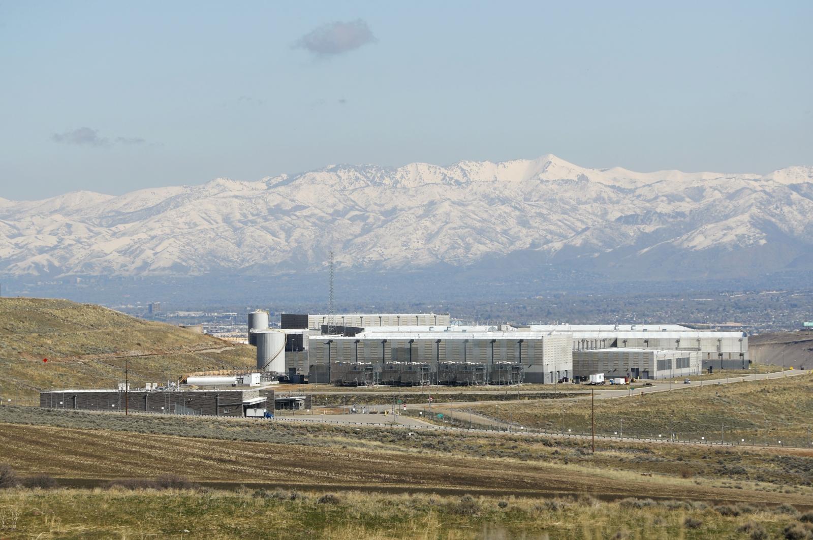 NSA will no longer spy on Americans' emails in unprecedented change to surveillance program