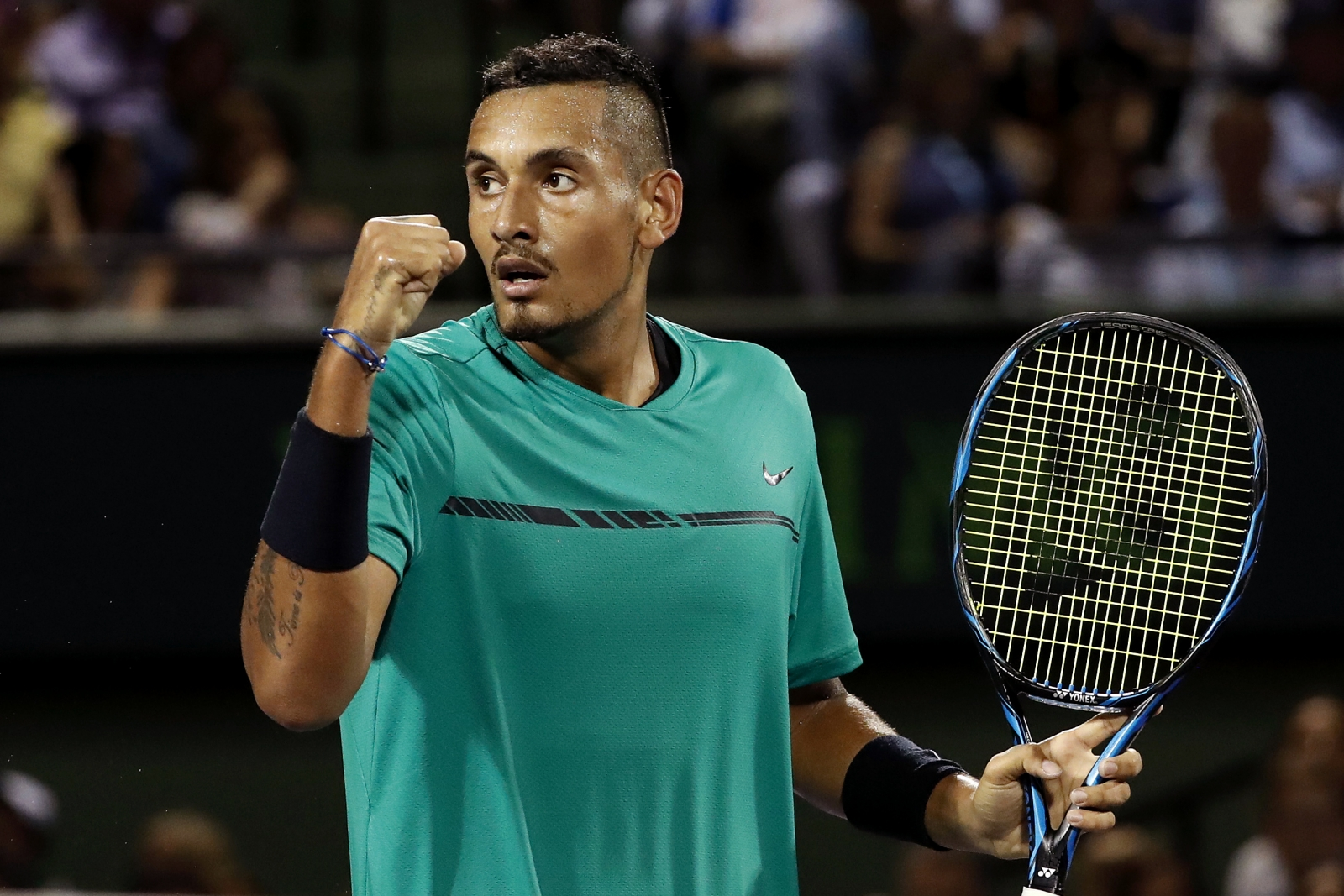 nick kyrgios pinpoints key strengths of roger federer