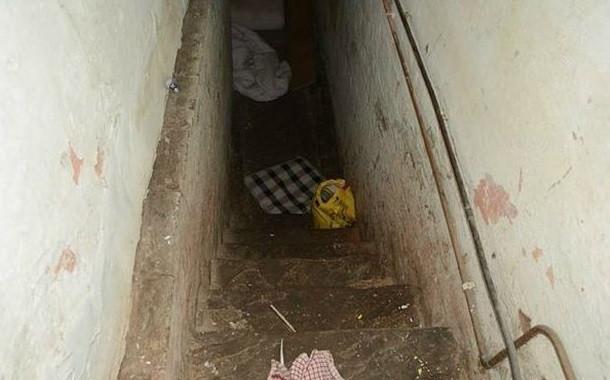 squalid cellar 1