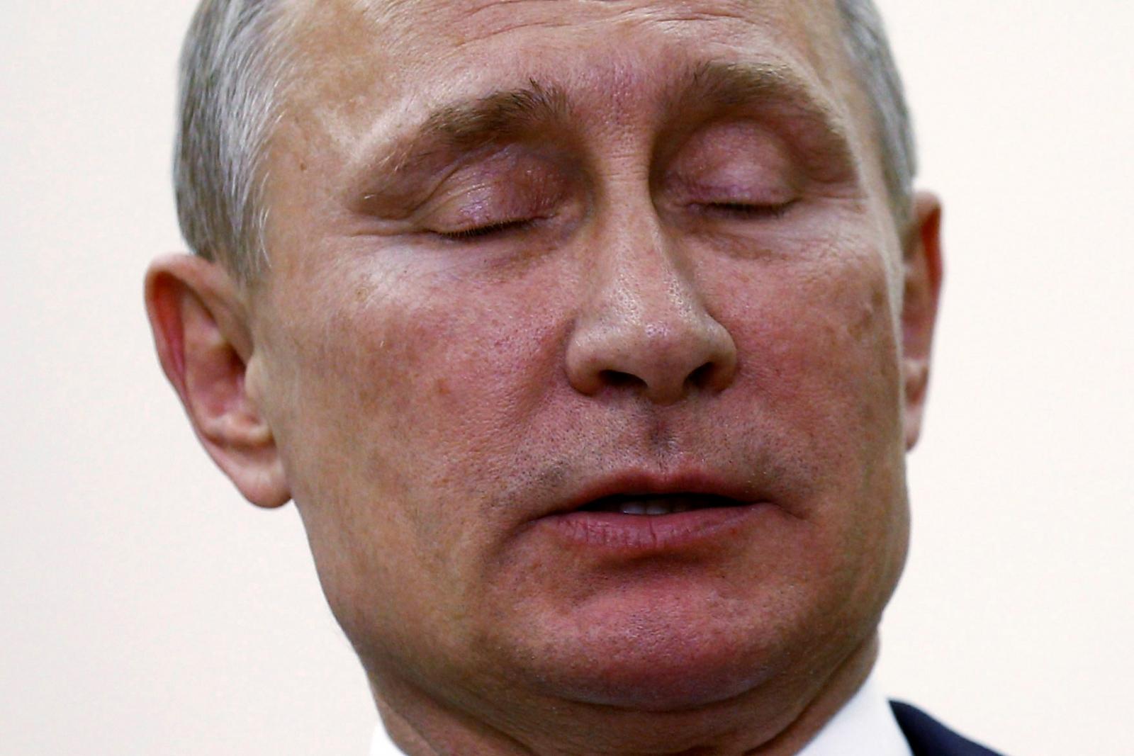 Putin's talks with Trump and Merkel