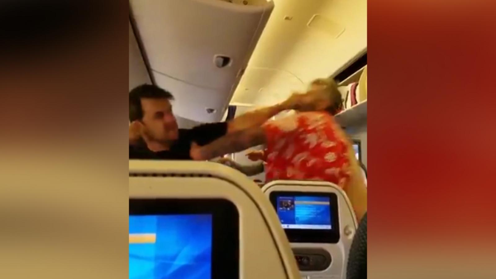 I Ll Kill You Airplane Passengers Violent Brawl Caught