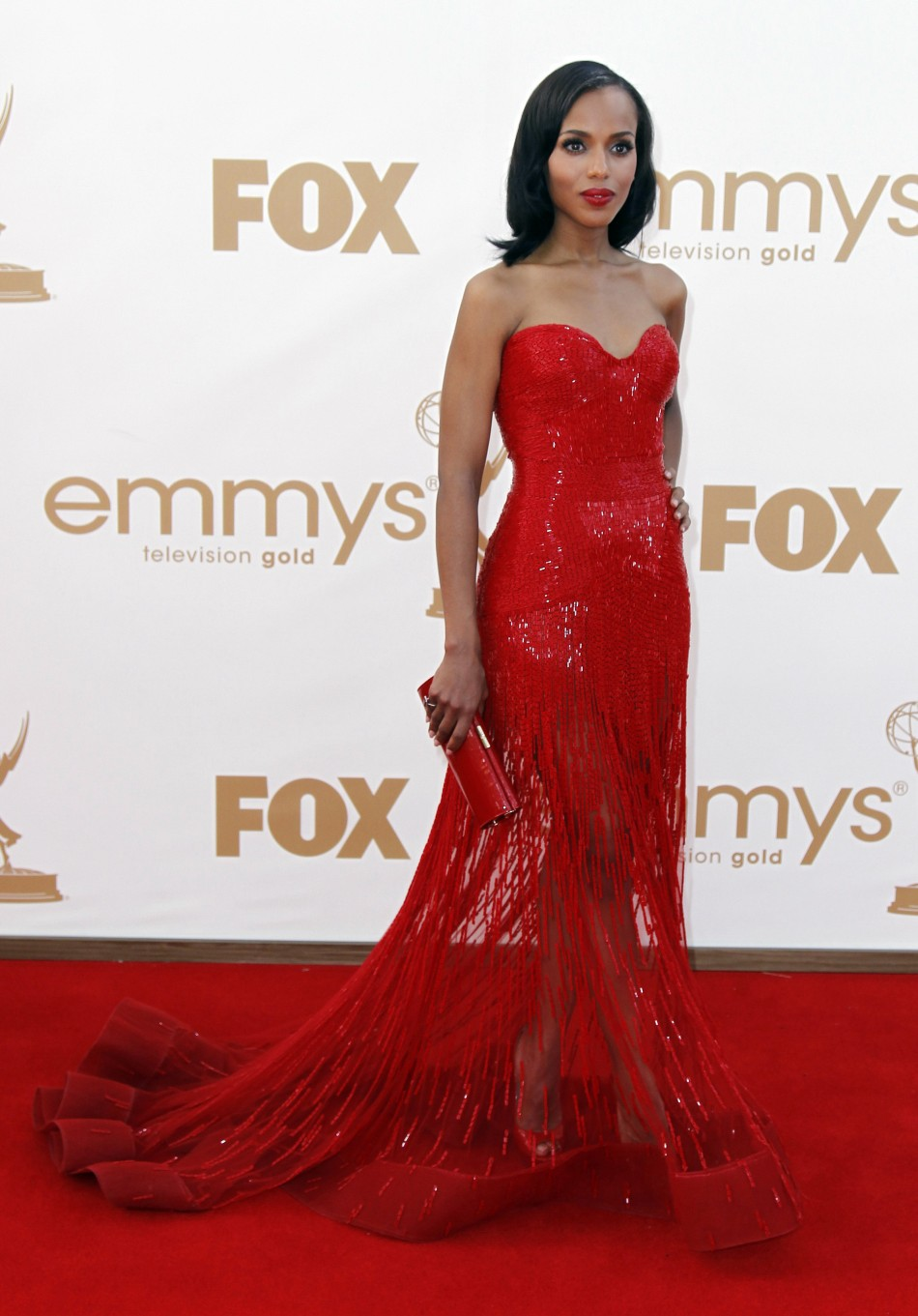 Emmy Awards 2011: Stunning Celebrities in Ravishing Red.