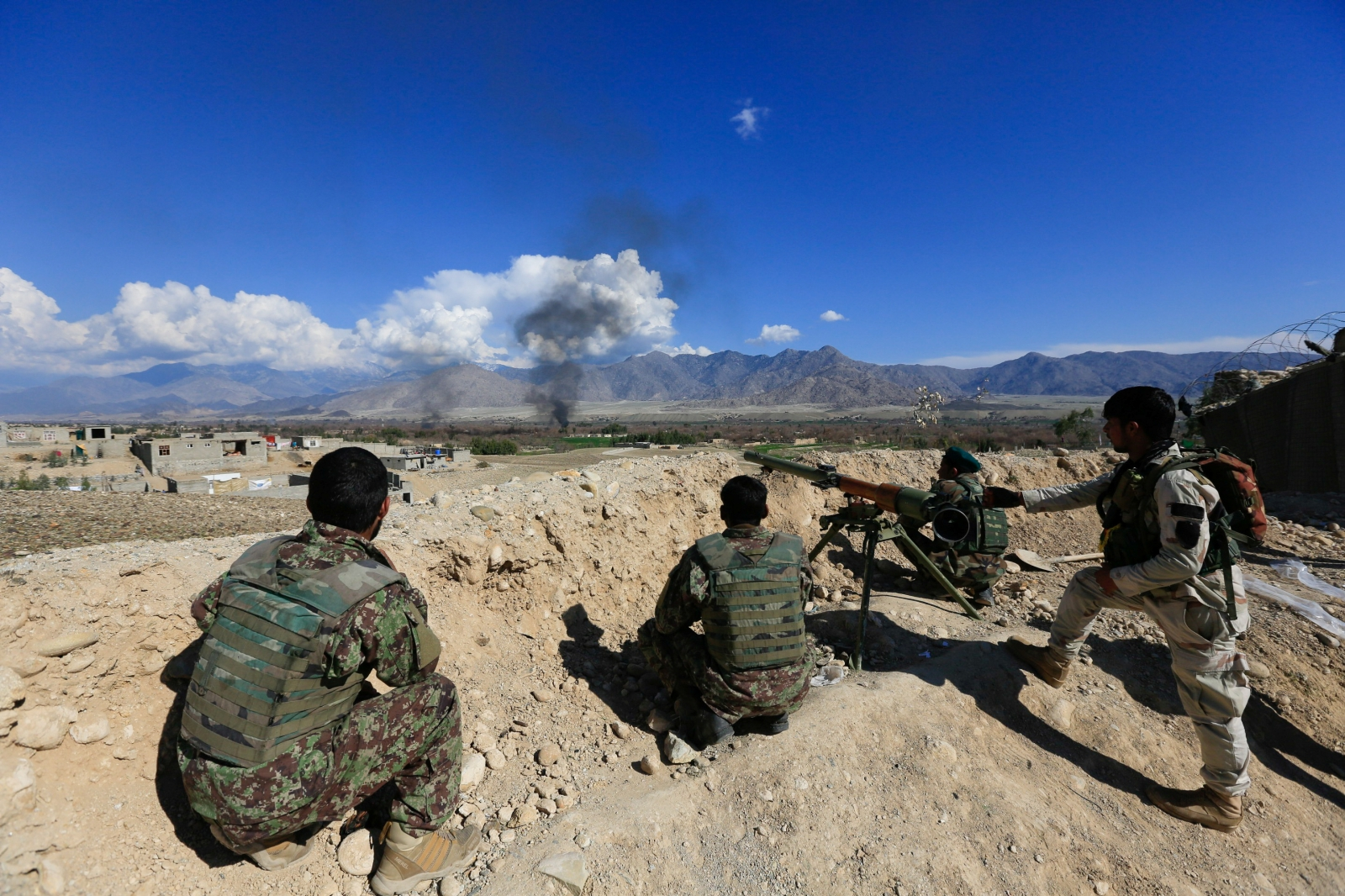 North Afghan district falls to Taliban