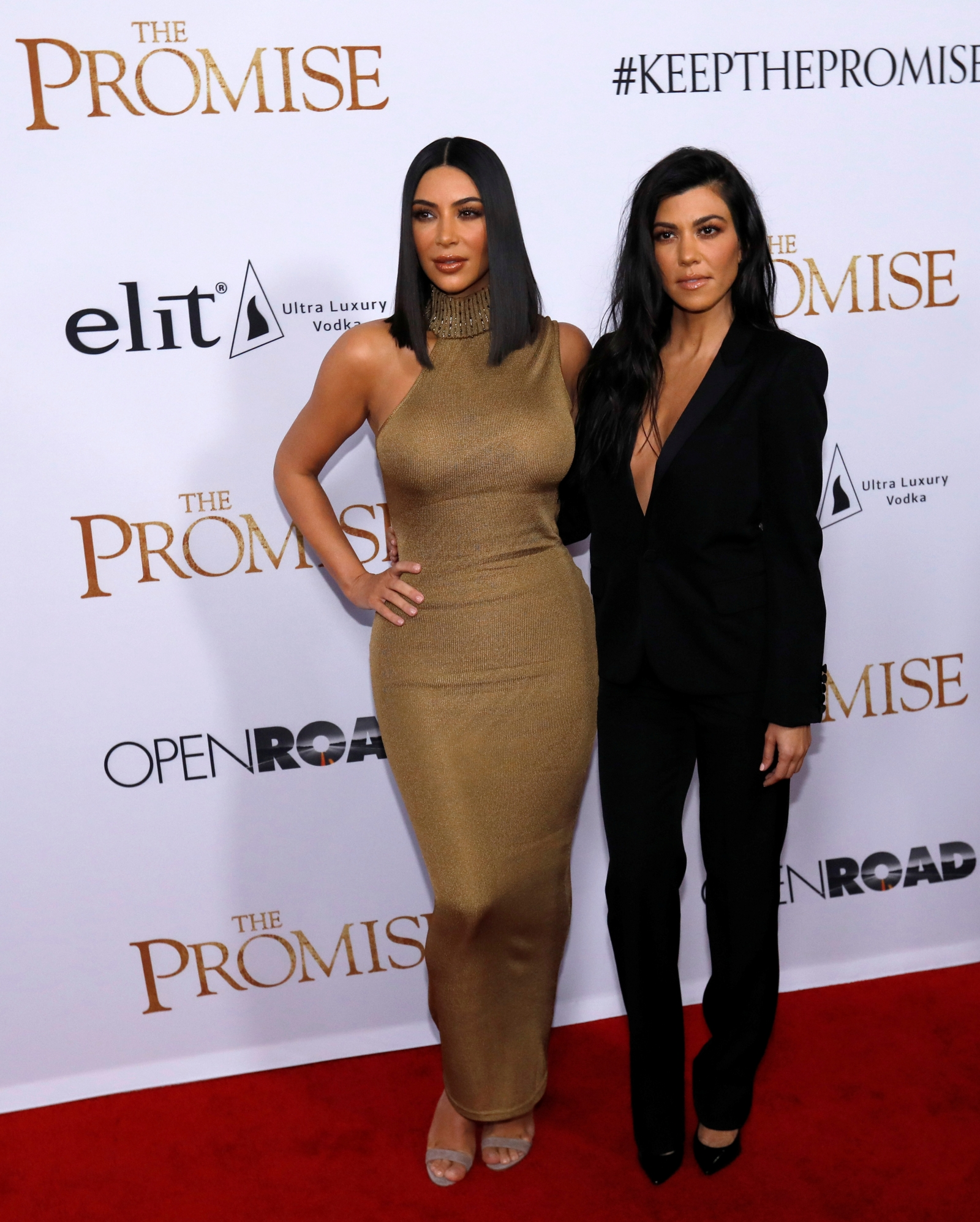 scott dating kourtney sister Kourtney kardashian has moved on from scott disick with a new man - younes bendjima the model and the reality tv star are looking loved-up.