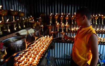 Vesak Day 2017 Buddhas birthday