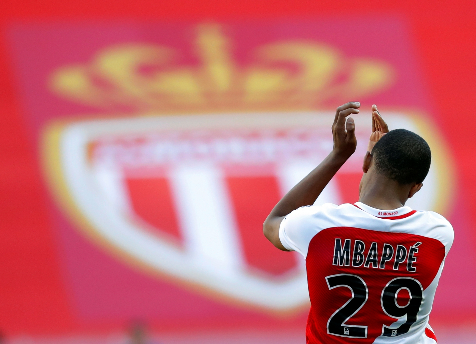 Didier Deschamps Advises Manchester United Target Kylian Mbappe To Stay at Monaco