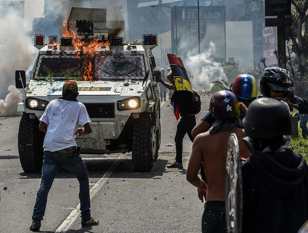 Venezuela shit poopootov cocktails