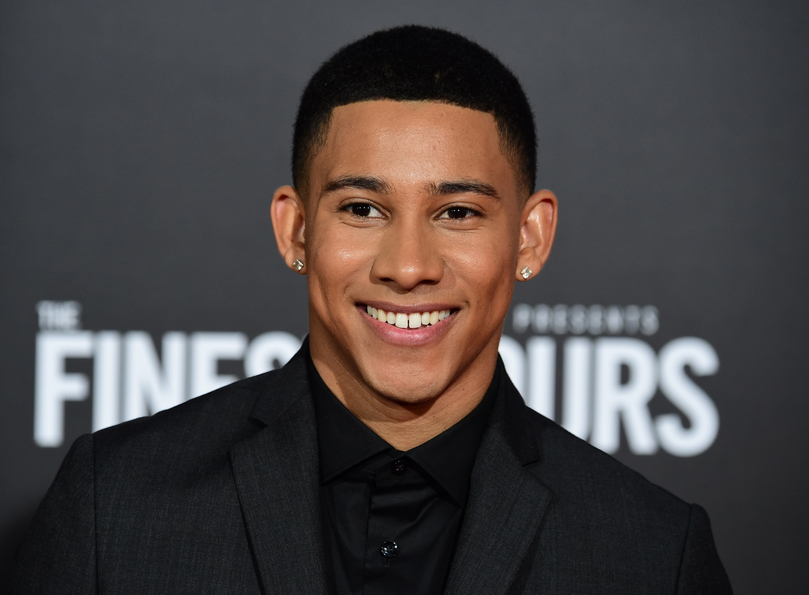 The Flash actor Keiynan Lonsdale just came out as bisexual