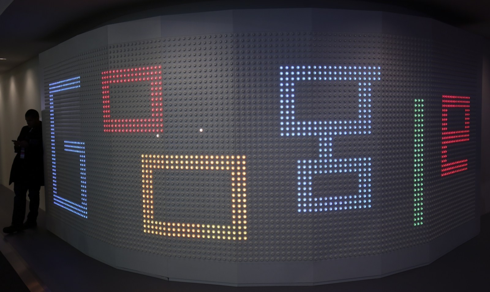 Google pledges strict control over advertise network