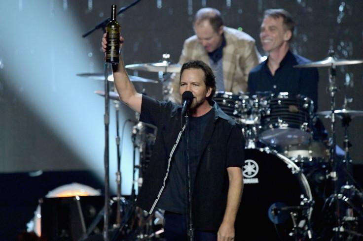 Watch Pearl Jam's Eddie Vedder surprise U2 fans with cameo