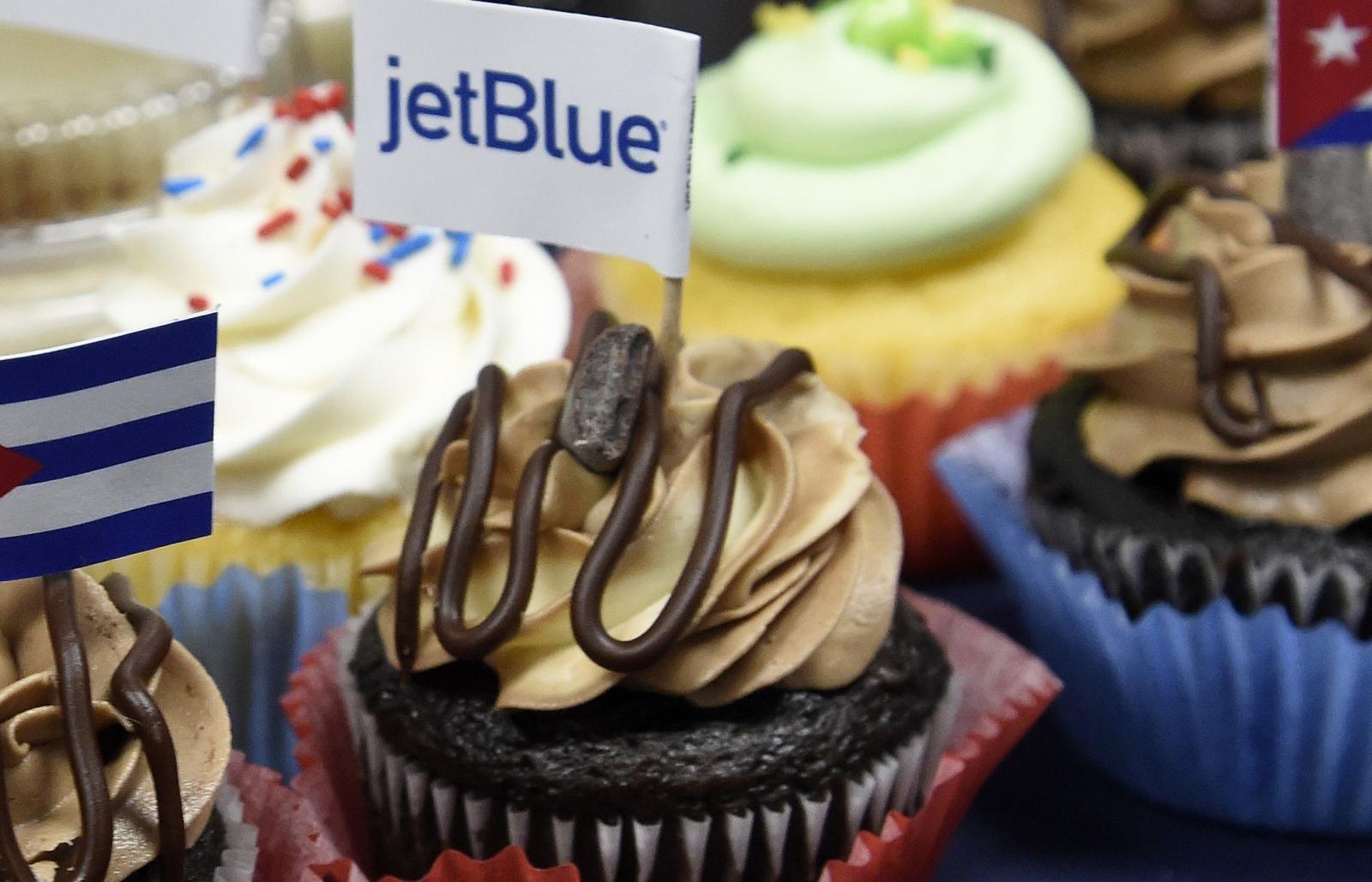 JetBlue cupcakes